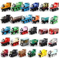 Precio de Trains-Pequeños trenes de madera Cartoon Toys 70 Estilos Trenes Amigos Trenes de madera Car niños niño / niña Juguetes Los mejores regalos de Navidad Envío Gratis