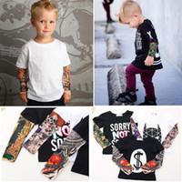 al por mayor ropa tatuado-Streetwear Hip-hop Falso Tatuaje manga Baby Boy Camisetas Moda Niñas Ropa Novedad Niños Ropa Camisas Tops 100% Algodón