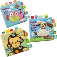 Wholesale Animal embroidery cloth book educational stereo baby tore don t rags