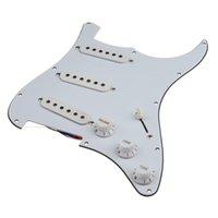 Wholesale Blanco guitarra eléctrica Conjunto Single Coil pickguard Prealambrado Cargado SSS Llano para Accesorios de Guitarra Profesional