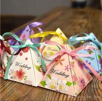 2016 Vente 50pcs / set Nouveau papier européen et joyeux mariage Triangle Boxgift Holiday Birthday Gift Box Emballage Carton Famille Décoration