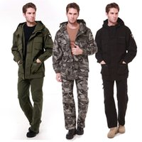 Wholesale Men Outdoor Hiking Tactical Jacket Sets Softshell Hoodies Hunting Army Windproof Coat Camouflage Tactical Hooded Jackets in High Quality