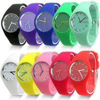 beauty students - Fashion Super Soft Geneva Womens Jelly Silicone Sports Watch Students Watch For Beauty Tool