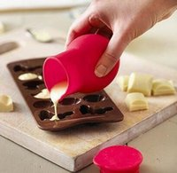 sauce bottles - Practical Silicone Chocolate Melting Pot Mould Butter Sauce Milk Baking Pouring liquid holding fresh keeping jars bottles Pastry Tools hot
