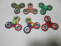 Wholesale Camouflage Tri Fidget Spinner camouflage Hand Fingertip Spinner Color Gyro Cross Style EDC Torqbar Handspinner Desk Deliver within day