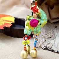 al por mayor moda nacional verde-Nacional de moda pop animal luz verde elefante étnico Campanula colgante Dongba Campanula paño animal de dibujos animados campanas decoración de coche colgante