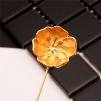 Celtic Unisex Anniversary Wholesale- New arrival Gold Color Flower Brooch Pin Men suit Accessories Classic Lapel Pins for Men's Suit Wedding Jewelry