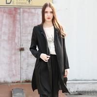 Precio de Solo botón abrigos negros-Chaqueta negra larga de las mujeres - mangas largas de la muchacha de manga larga Botón simple BF estilo capa de la chaqueta de seda
