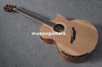 Compra Guitarras acústicas de marca-Nueva marca de fábrica de la guitarra acústica de la viola sólida del fret con la caja