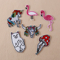 al por mayor los pantalones vaqueros de costura-El flamenco del caballo del unicornio del gato del algodón del bordado 6X cosen el hierro en el envío libre del Applique de los pantalones vaqueros del bolso de la insignia del remiendo