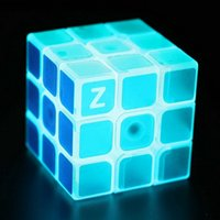 Wholesale X3X3 Z cube Glow Puzzles Magic Cubes For Kids Children Learning Education Toys Speed Cubo Magico