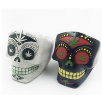 Wholesale Skull Type Cigarette Ashtray High Yemperature Promotional Portable Silicone Creatice Smoking Ashtray for Home Novelty Crafts Pocket Free