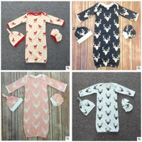 Cheap Pajamas sets Baby Christmas Gift 3 Pcs Baby Romper Newborn Sleeping Bag + gloves + hat baby pajamas set Baby Cute Romper