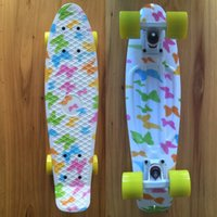 Wholesale Butterfly Graphic Printed Mini Cruiser Plastic Skateboard quot X quot Retro Longboard Skate Long Board No Assembly Required