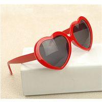 al por mayor amor gafas de diseño-Gafas de sol del corazón del vintage del amor de la manera Mujeres Marca de fábrica del diseñador Vidrios rojos de Amulti Sun Espejo femenino de la vendimia Gafas de sol azules Hembra