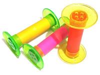 Venta al por mayor - 8 piezas de plástico Rolling tubo groan fabricante de sonido - ideal para niños niñas Niños partido de cumpleaños Pinata juego FAVORES juguetes regalo de premio