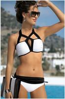 Compra Tankini negro l-2017 Sexy Bikini conjunto de mujeres Halter bikinis traje de baño triángulo traje de baño bandage Tankini Monokini Biquini negro blanco traje de baño