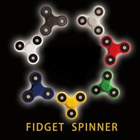 Wholesale 2017 Fidget Spinner with hybrid ceramic ball bearings for a smooth quiet spin doesn t stop Perfect for people with ADD ADHD anxiety