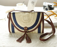 Wholesale Factory direct new influx of women must hand Messenger Messenger dual straw bag woven bags leisure package