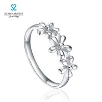 Wholesale STARHARVEST Sterling Silver Solitaire CZ Sterling Silver Ring flowers fashion distinctive in style good LadyGifts