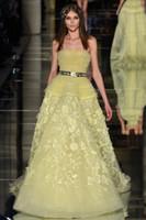 al por mayor baile de lentejuelas de color amarillo-Zuhair murad vestidos de noche 2016 bordado de plata amarillo vestidos de baile con 3D appliques florales lentejuelas vestidos de noche rebordeados