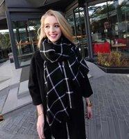 al por mayor lana roja bufanda a cuadros negro-Las nuevas bufandas largas de la bufanda artificial de las lanas artificiales del nuevo invierno de la llegada 2016 de las mujeres envuelven la bufanda caliente Q0461 del mantón rojo negro