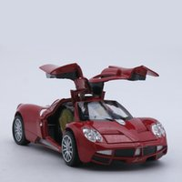 Diecast Collection Pagani Huayra Scale Model Comme garçon / Kids Metal Vehicle Toys Gift avec Openable Doors and Pull <b>Back Function</b>