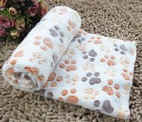 Wholesale Cute Warm Pet Bed Mat Cover High Quality Towl Paw Handcrafted Print Cat Dog Fleece Soft Blanket