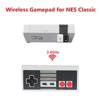 Wireless USB Plug And Play Controlador Gamepad Joystick Mini NES Classic Edition Caja de juegos con Wrireless receptor dentro de la batería de carga