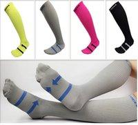 al por mayor calcetines de fútbol de color rosa-Mujer Hombre Fútbol Calcetines De Fútbol Calcetines De Alta Athletic Venta al por mayor Verde Gris Negro Rosa Disponible