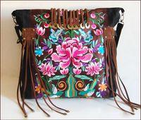 Wholesale Yunnan female BaoMinZu wind characteristic fashion handbags hand embroidery single shoulder bag handbag BaoMinZu canvas bag handbag