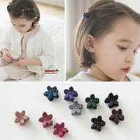 Wholesale 2016 factory sale children hair accessories korea new lovely mini dull polished flower mini hair pin mixed colors baby hair clips
