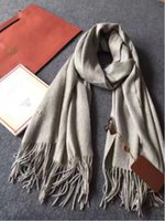 Wholesale Luxury Brand Scarf Unisex Female Male Best Quality Wool Cashmere Scarf Pashmina Tassels Women Men Wrap