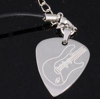 Wholesale Amazon Hot Selling Guitar Pick Pendant Necklace Metal Guitar Pick Of Electric Guitar Silver