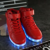al por mayor muchachos rojos altos tops-Led Shoes Hombre USB Light Up Unisex zapatillas amantes para adultos Niños Casual estudiantes deportes brillantes con moda rojo High Top luces zapato