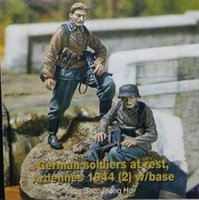 Wholesale WW2 German SS people for multiple scenes not including platform WWII Resin Model Kit figure