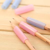 Wholesale pack Silica gel pencil holding helper children kids students writing pen holder Pencil grasp braces