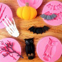 6pcs / set torta Stampi Halloween Serie Bat Gufo Ragno Ramoscello di scheletro della mano di zucca del silicone del fondente di cottura della cucina Stampi TZ018