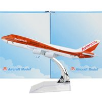 Wholesale Colombian national airline Orange Boeing cm Arplane Child Airplane Models Toys Birthday Christmas Gift For Mens