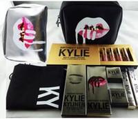 al por mayor bundles-Kylie Maquillaje Bolsa Caja de regalo Golden Box trajes de brillo Holiday Collection Cosméticos Cumpleaños Bundle Bronce Kyliner Kylie Jenner cepillo cepillo