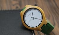 2016 Best Seller Nov Los relojes unisex de los hombres de bambú de la manera de la alta calidad libre del envío con watchbands de cuero con las ilustraciones coloridas OEM