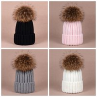 Wholesale New Winter Thick Warm Raccoon Fur Pompom hat for women Big Real Raccoon fur Beanies cap bobble hat