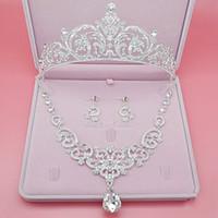 3 morceaux / ensemble de bijoux de mariée ensembles boucles d'oreilles collier de mariage bon marché 2016 bijoux étincelle cristal Livraison gratuite 2017 accessoires de mariage