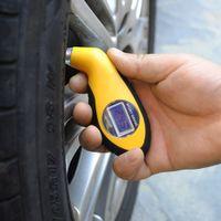 al por mayor probador manómetro-2017 NUEVA herramienta del probador de los barómetros del manómetro del metro del calibrador de presión de aire del neumático del neumático de coche de Digitaces LCD para la motocicleta auto del coche