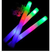 25 PC / palillo de la espuma del LED de la porción que destellan los bastones al por mayor los 48cm rojo azul Luz-para arriba la decoración del partido del festival del palillo La barra del apoyo del concierto