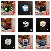 Wholesale Hot selling novelty Fidget Cube stress toys for kids and adults colors Decompression stress balls with Retail Box