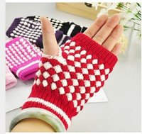 Wholesale Newest Winter Women Gloves Warm Half Finger Gloves Fashion Ladies Girls Pineapple Pattern Christmas Gifts