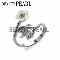 achat en gros de bijoux bricolage fleur blanche-5 pièces Vente en gros Boucles d'oreilles à fleurs en gros blanc Boucles d'oreille 925 en argent sterling pour bricolage Pearl Ring Mount