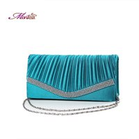 Wholesale Classical Solid Womens Clutch Bags Hasp Diamonds Minaudiere Fashion Designer Faux Suede Interior Compartment Evening Bags with Chain