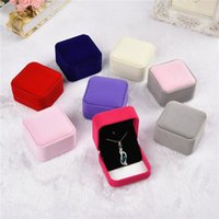 Wholesale 7x8x4cm trinket boxes Square Velvet jewelry box Necklace displays case Pendant box Jewelry Gift Boxes Packaging